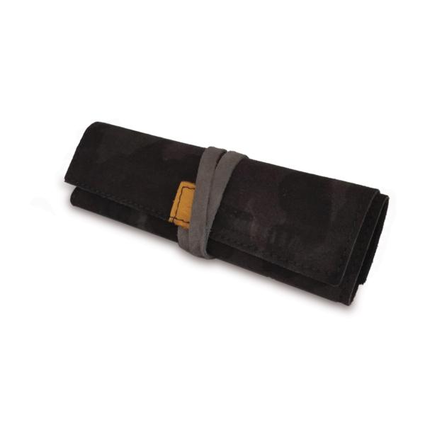 Portatabacco grande in pelle e camoscio grigio camouflage con dettagli giallo ocra