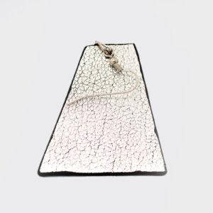 Mono Orecchino trapezio argento e nero
