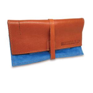 Portatabacco Compatto in pelle e camoscio marrone chiaro e azzurro