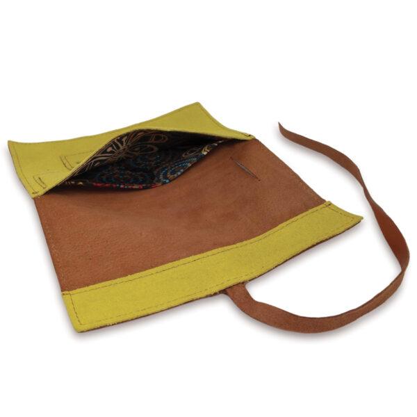 Portatabacco grande in pelle e camoscio marrone chiaro e giallo acido