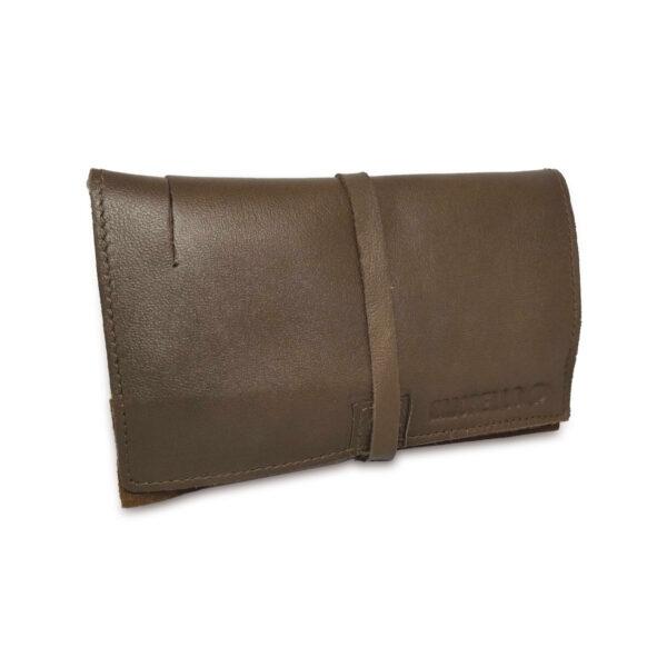 Portatabacco grande in pelle e camoscio color fango