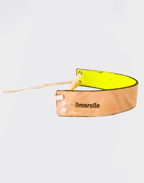 Bracciale piccolo con tre fori e laccetto beige e giallo fluo con bordo marrone