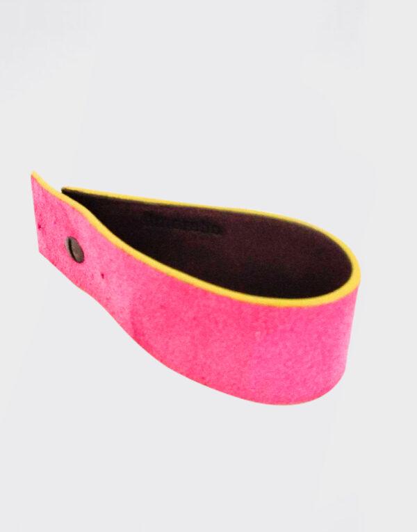 Bracciale rosa e marrone con bordo giallo fluo