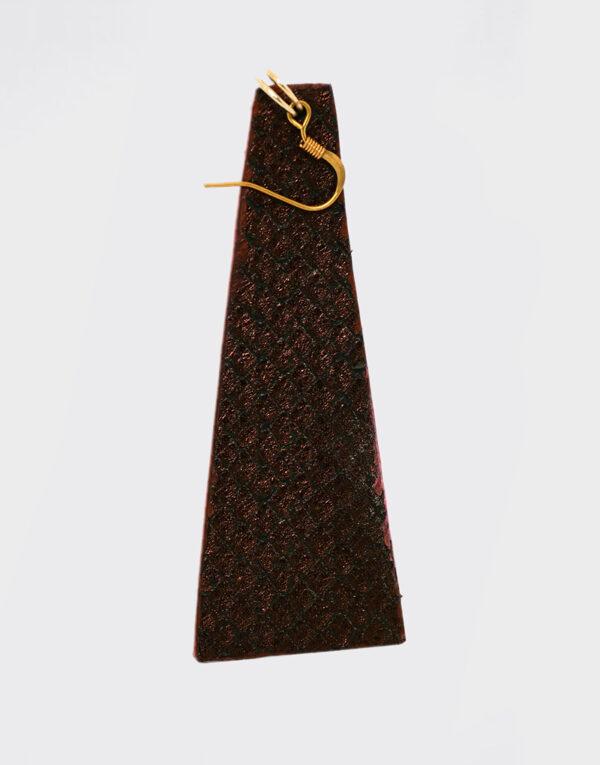 Mono Orecchino piramide grande color bronzo