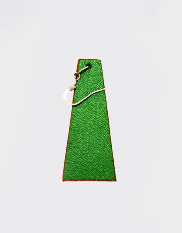 Mono Orecchino piramide piccolo verde smeraldo