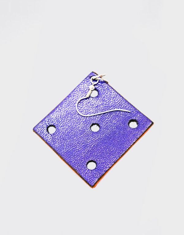 Mono Orecchino quadrato viola